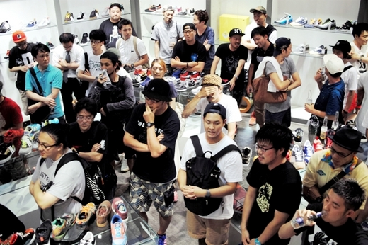 5th Anniversary 2013.8.8|An Omnibus Shoe Gallery Theme 5 Sneaker Speaker vol.5 Supported by SHOES MASTER_2.JPG