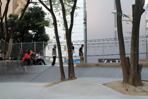 LRG RESEARCH JAPAN TOUR 2011_2.jpg