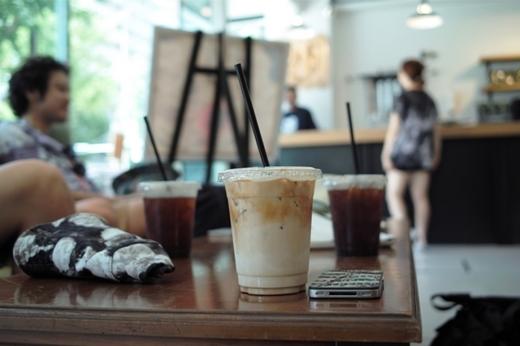 SAYHELLO WESTERN_STREAMER COFFEE COMPANY_1.JPG