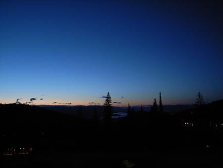 late-view-02.jpg